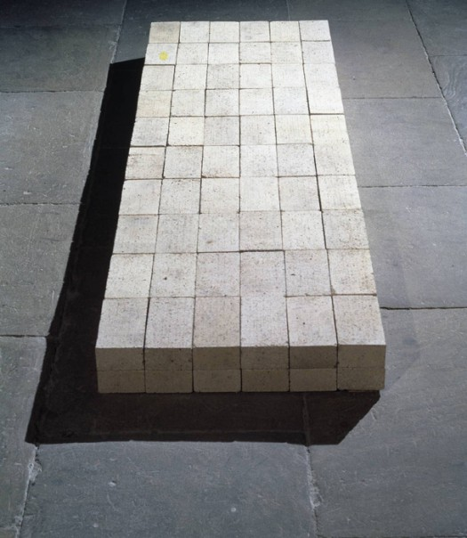 """Equivalent VIII"" by Carl Andre (1966). Material: firebricks. Size: 127 x 686 x 2292 mm. Collection: Tate Modern."